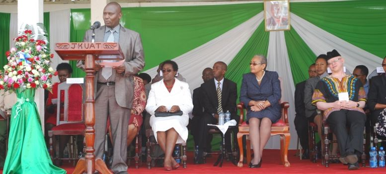 Dr. Kinyua, welcomes guests to the JKUAT Gender Week 2013