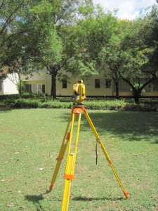TOPCON_TOTAL_STATION_1
